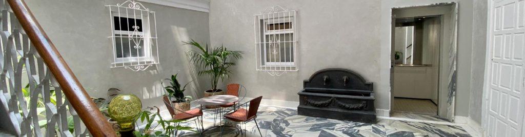 patio apartamentos mini petite de llave del sur cadiz
